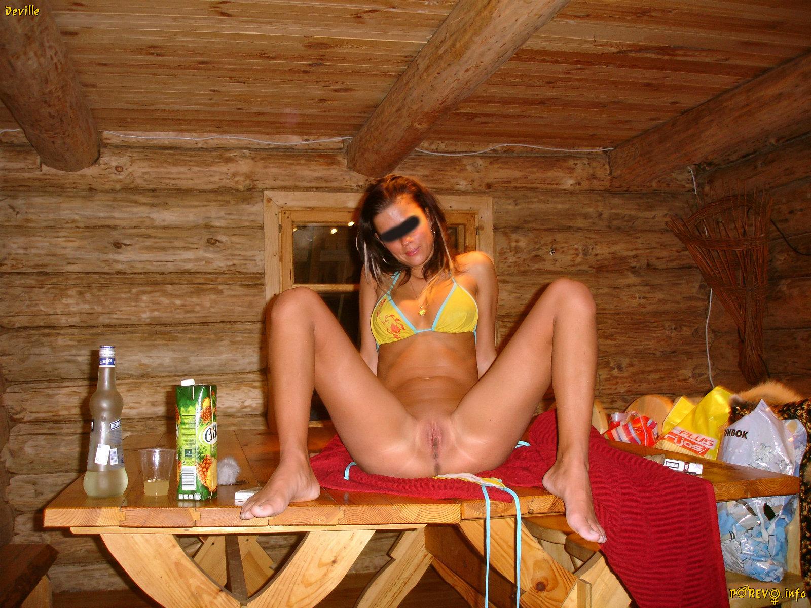 Фото голых любительское баня дача 17 фотография